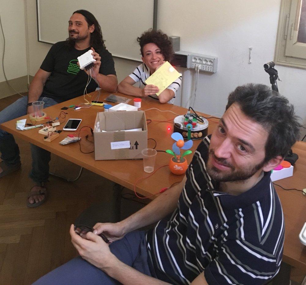 Nicola al lavoro su Clic4All con i colleghi di Fondazione ASPHI
